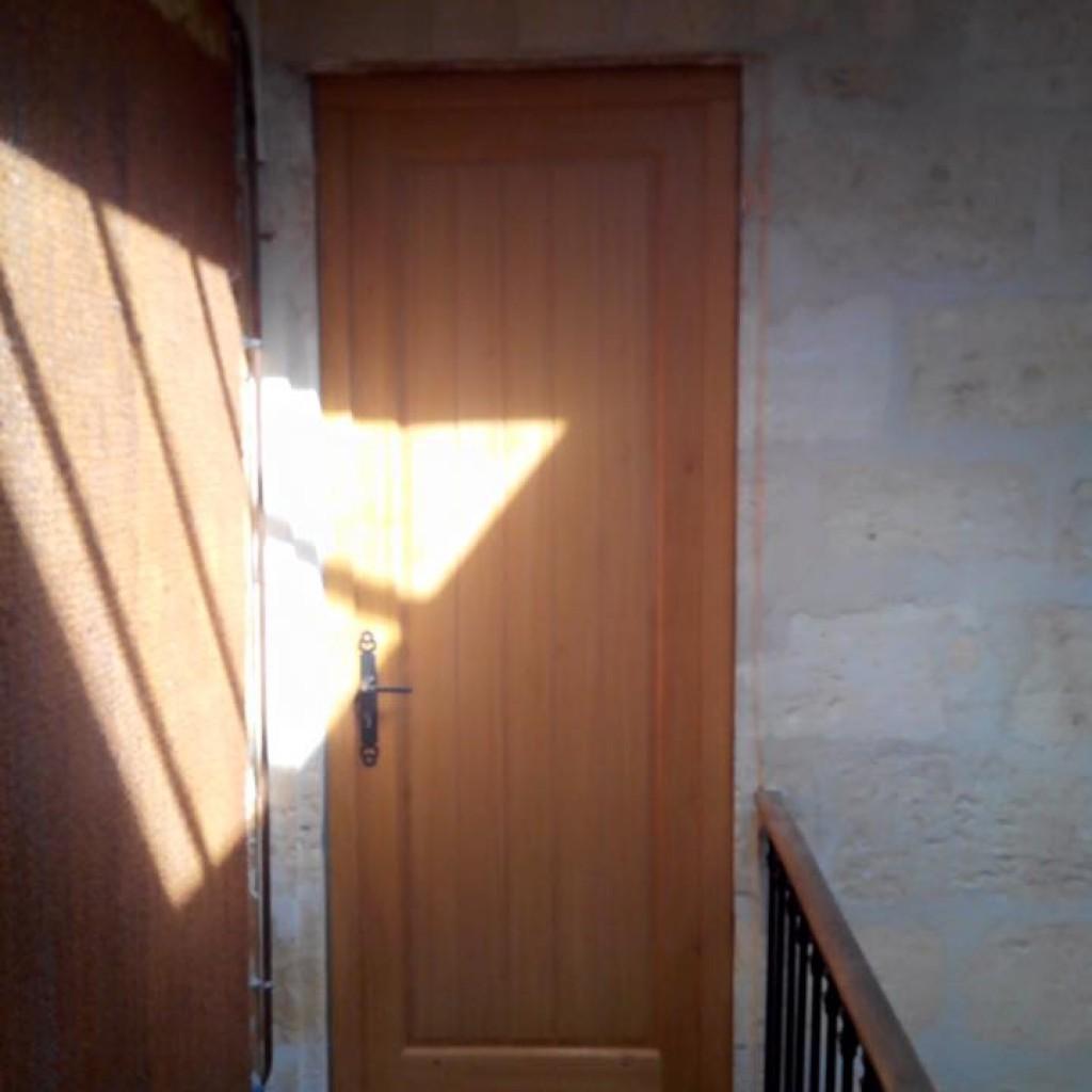 Menuiseries les portes d 39 entr e for Menuiserie porte entree